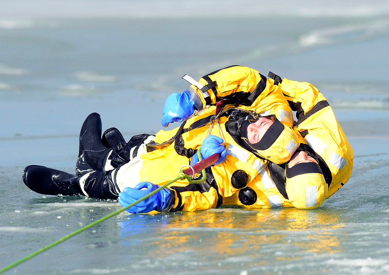 Boulder Fire-Rescue Ice Rescue Training