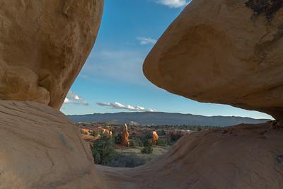 Devil's Garden Boulder, Utah.
