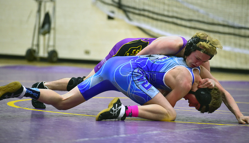 BOULDER VS RALSTON VALLEY WRESTLING