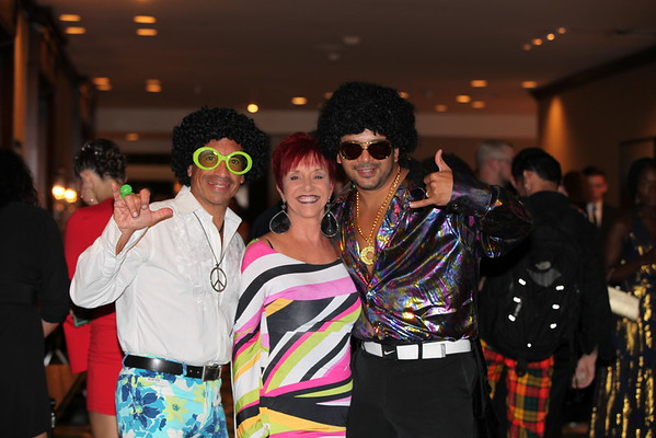 Sunday Evening 70's Party, Top Awards & Pro Show