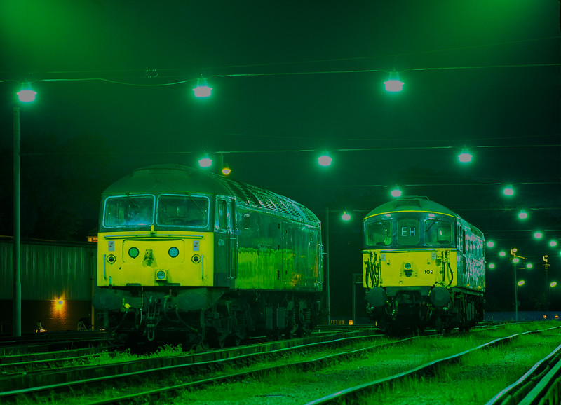 """47114 and 33109 on display at the """"Bournemouth Rail Gala"""" on 16th May 1998."""