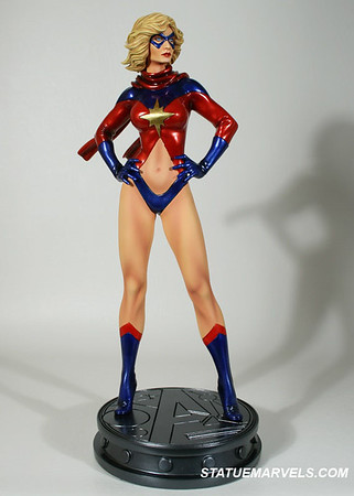 Bowen Designs Ms Marvel 70s Statue
