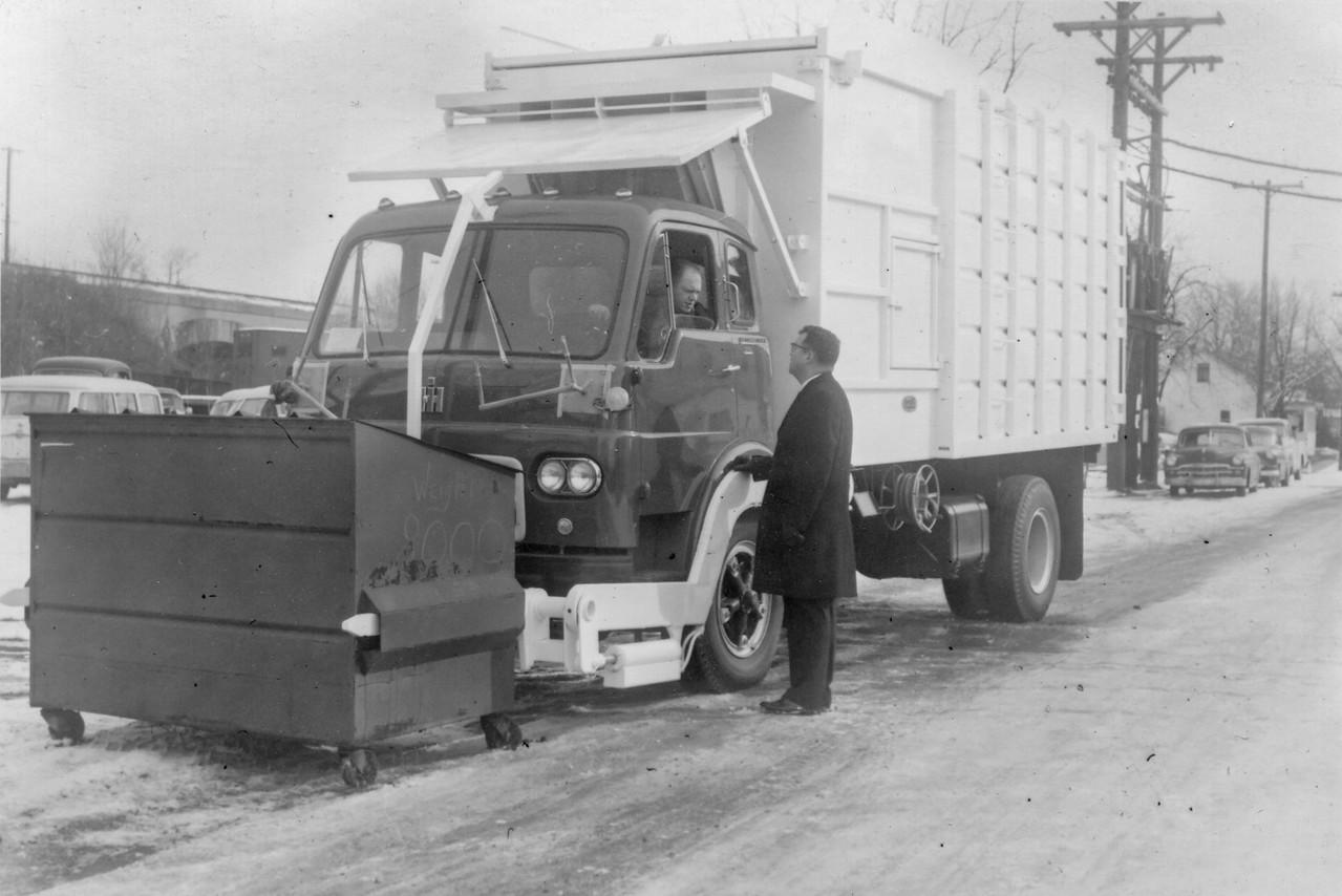 IH CO190 Converto-Bowles FL2 Front Loader
