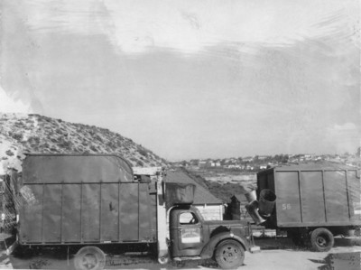 Seaside Disposal Bowles Front Loader ca. 1955