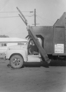 Lawndale Disposal Service ca.1955 This was the first truck Vincen Bowles made with side forks