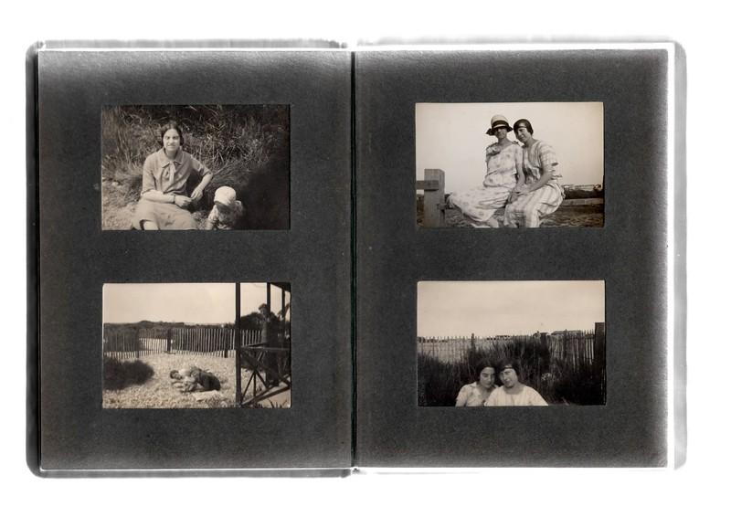 Top left; Agnes Bowles and Vera Bowles.<br /> Bottom left; ? and ?.<br /> Top right; ? and Agnes Bowles.<br /> Bottom right; Agnes Bowles & ?.
