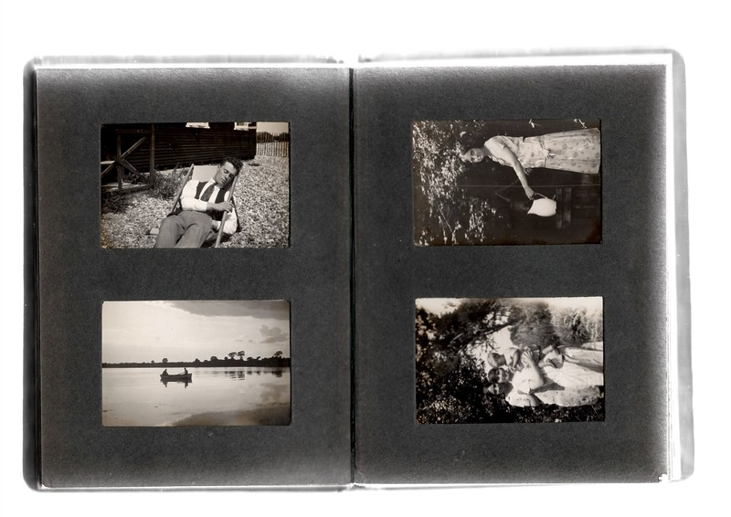 Top left; ?.<br /> Bottom left; ? & ?.<br /> Top Right; Agnes Bowles by water pump.<br /> Bottom right; ?, Agnes Bowles and Vera Bowles.