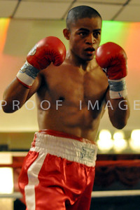 "Junior Welterweights (4 Rounds) Juan ""JZ"" Zegarra (5-0, 5 KOs), North Bergen, NJ (140 lbs)"