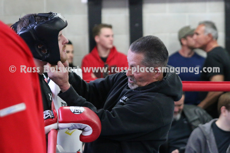 Fight 1 Ethan Pallian vs Billy Catherwood 001