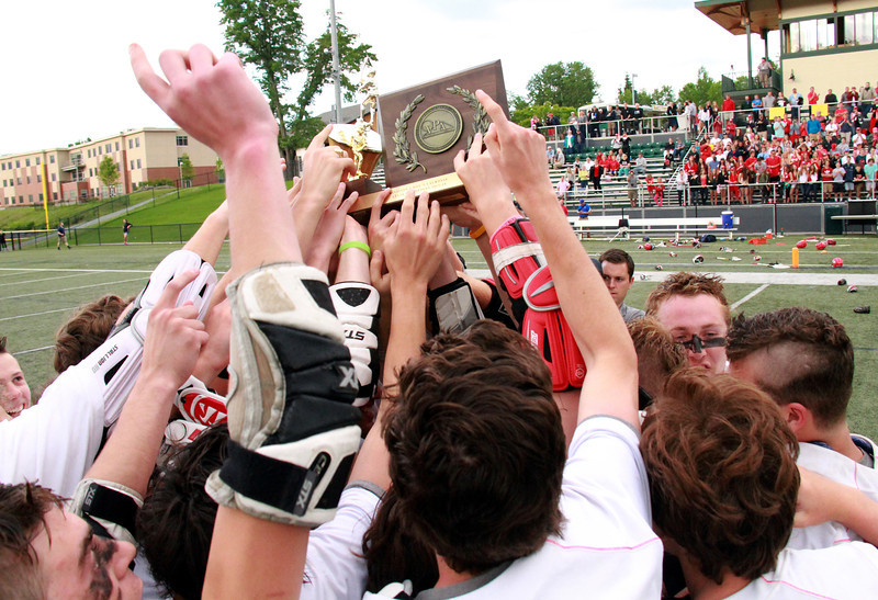 The Redhawks celebrate their 2014 D1 State Championship.