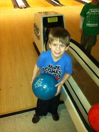 2013-02-01 Bowling at Hartfields 2013