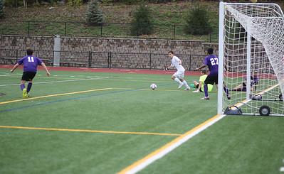 Canton's Santiago Noriega moves in on goal.