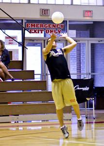 BeCaHi at Redeemer Volleyball_041710_0003