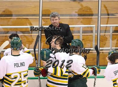 Coach Brian Dickinson