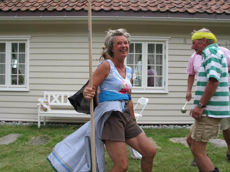 Askepott (Bård) og en slem søster (Kari Tob)