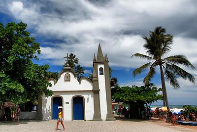 Igreja de São Francisco de Assis (1900) na Praia do Forte