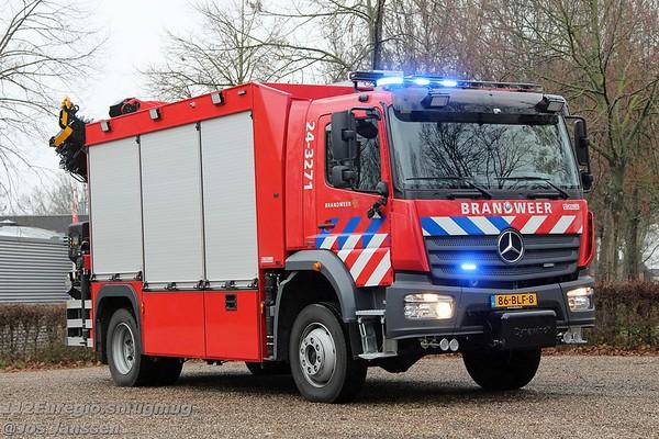 Roepnummer: 24-3271<br /> Type: HV K<br /> Kenteken: 86-BLF-8<br /> Merk: Mercedes-Benz Atego 1630AF42 4x4<br /> Opbouw: Kenbri / HIAB Benelux<br /> Bouwjaar: 2018 / In dienst: 01-2019<br /> Standplaats: post Mechelen