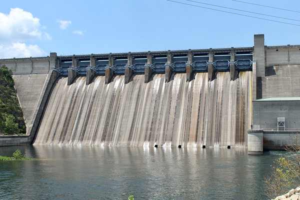 Table Rock Dam spillway (2018)