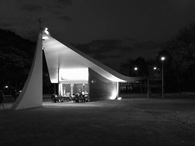 """Igrejinha"" (Little Church), Niemeyer, Architect. Brasília, Brazil."