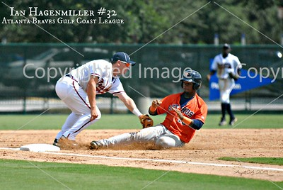 Ian play at 3B_0703