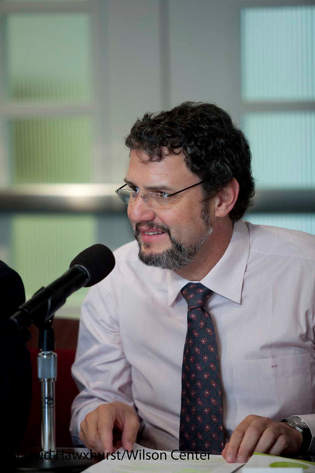 Private Sector's Perspective on Climate Change and Renewable Energy Policy in the New Brazilian Administration<br /> <br /> Speaker(s): Marcos Jank