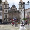 Pelourinho - Largo Terreiro de Jesus, Cruzeiro de São Francisco (church) - woman in traditional dress