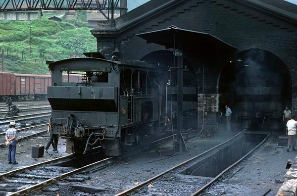 Paranapiacaba station, Santos a Jundiai Railway, Brazil, 18 October 1976.  On shed is No 9 built by Kerr Stuart in 1900.   Photo by Les Tindall.