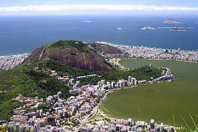 From the Corcovado, Copacabana beach on the left and Ipanema on the right, with Lago Rodrigo de Freitas . 2004