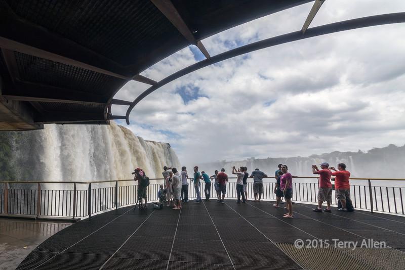 View-platform,-Brazil-side,-Foz-do-Iguacu
