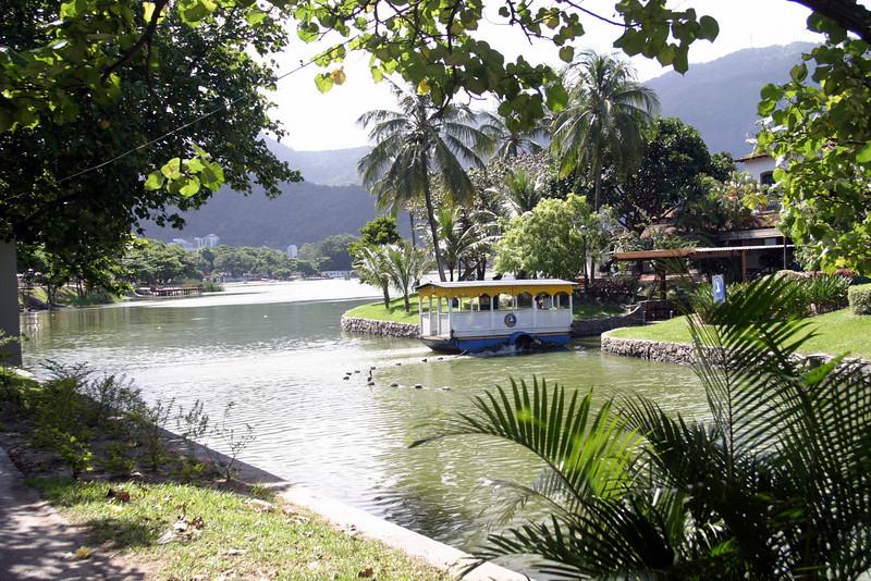 Lago Rodrigo de Freitas, Ipanema Rio de Janeiro scenes