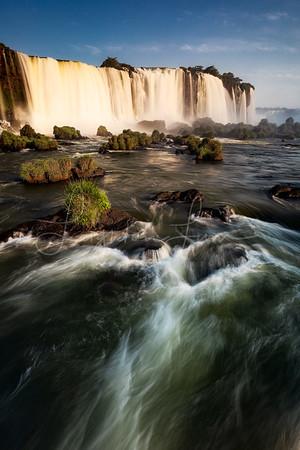 Vertical Iguazu
