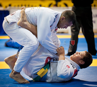 Magid Hage (bottom) in this Blue Belt matchup.