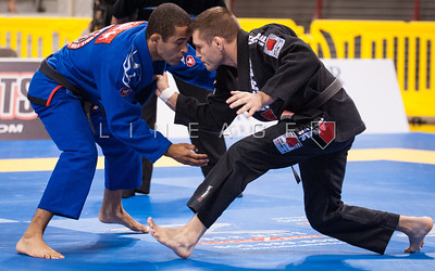 Pablo Silva from Gracie Barra vs. Sebastian Lalli from Checkmat BJJ in the Black Belt Light Feather Semi Finals.