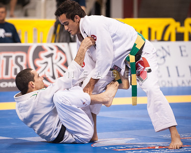 Paulo Melo from Gracie Barra vs. Daniel Beleza from SAS in the Black Belt Light Feather Quarter Finals.