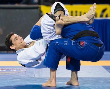 Luis Pinto (Leonardo Pecanha) vs. Daniel Beleza (SAS Team)