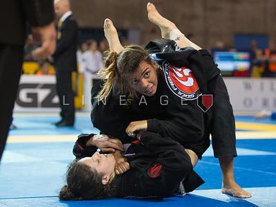 Julia Pinto (Soul Fighters BJJ) vs. Laura Ann Martins (GF Team)