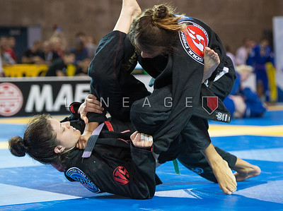 Julia Pinto (Soul Fighters BJJ) vs. Laura Ann Martins (GF Team)