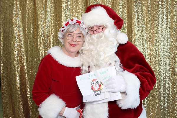 12Dec2-InfinitySanta-Photobooth-0373