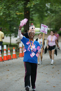 100409 Atlanta 2 Day Breast Cancer Walk Finish 030