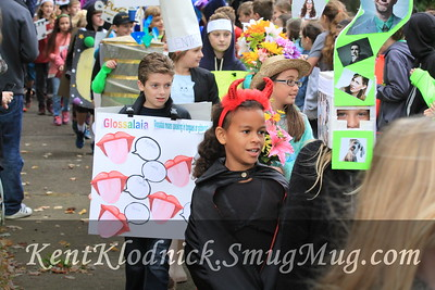 2016-10-13 BBMS Vocabulary Parade 014