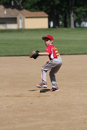 2015-06-07 Bees Baseball U8 vs Fairview 024