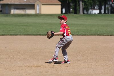 2015-06-07 Bees Baseball U8 vs Fairview 018
