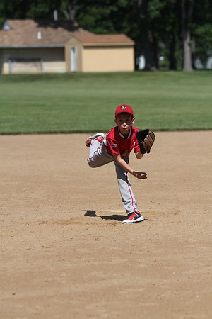 2015-06-07 Bees Baseball U8 vs Fairview 028