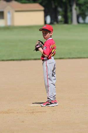2015-06-07 Bees Baseball U8 vs Fairview 023