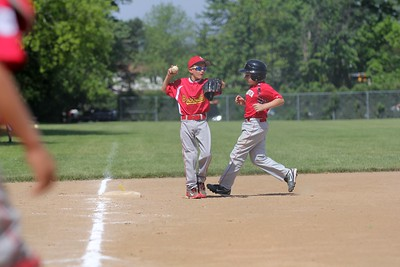2015-06-07 Bees Baseball U8 vs Fairview 033