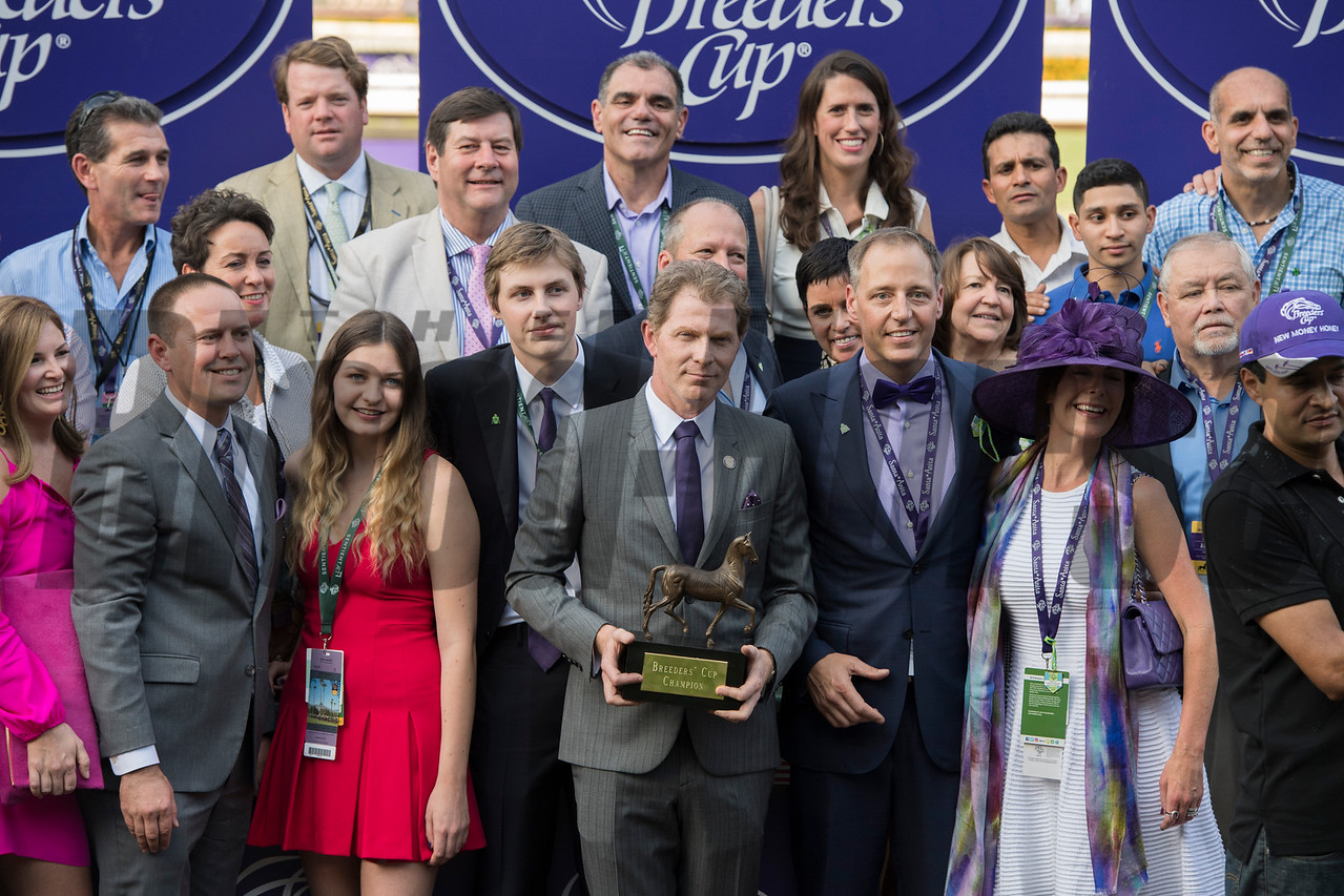 The connections of New Money Honey were all smiles after winning the Juvenile Fillies Turf (gr. I) at Santa Anita on Nov. 4, 2016, in Arcadia, California.