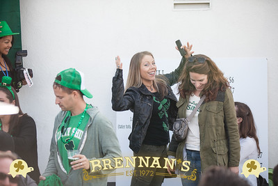 St. Patrick's Day at Brennan's.   www.brennansla.com.  Photo by www.VenicePaparazzi.com