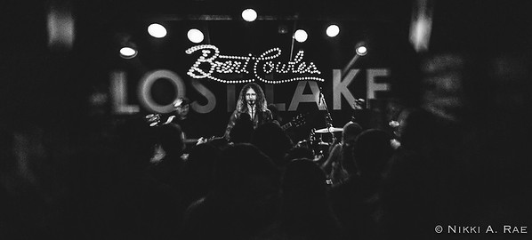 Brent Cowles and the Foxhole Family Band Lost Lake 12 09 2017-5