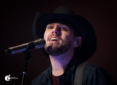Brett Kissel  20-Mar-2018