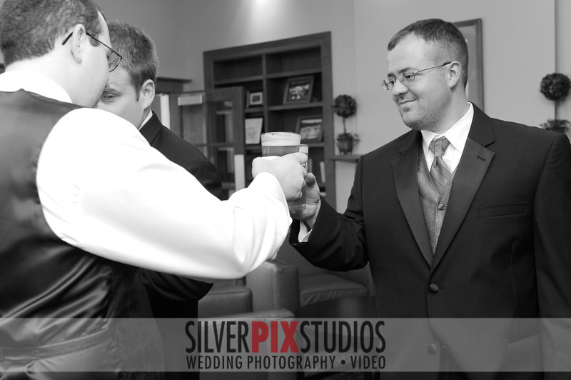 02-preceremony-groom-Brian Amanda 003